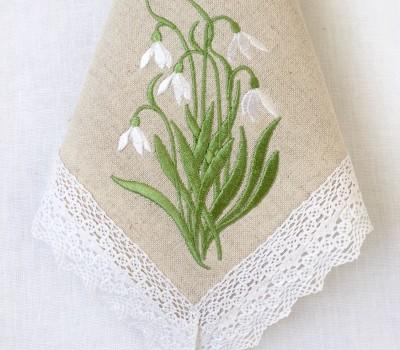 Салфетка из льна с вышивкой и кружевом, 40*40 см