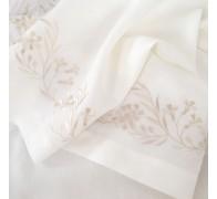 Скатерть из льна с вышивкой по низу