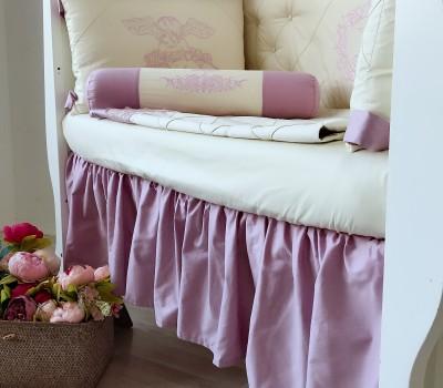 Юбка на прямоугольную кроватку в цвет комплекта в кроватку. Материал: 100% хлопок (сатин).