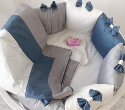 """Бортики в кроватку """"Трио"""" для овальной кроватки. 12 подушек со съемными чехлами"""