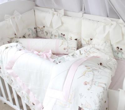"""Бортики-подушки """"Парад"""" 60*30 см. 6 подушек со съемными чехлами. Подходит как для прямоугольной, так и для овальной кроватки."""
