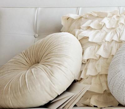 """Декоративная подушка """"Круг"""". Материал: велюр."""