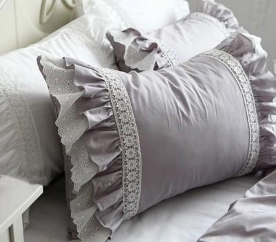 Декоративная подушка с рюшами. Материал: 100% хлопок (сатин)