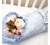 """Одеяло """"Облако"""" из двух видов сатина с декоративными строчками, рюшей и кружевом"""